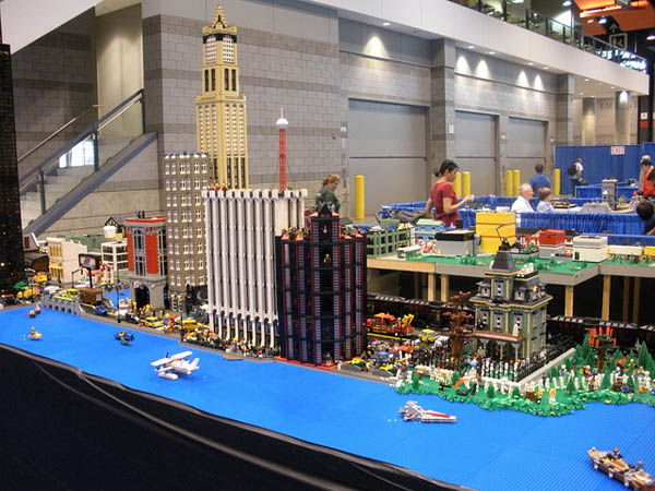 LEGO KidsFest - Image Credit: https://www.flickr.com/photos/92688602@N00/5129203353
