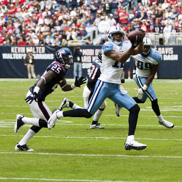 Tennessee Titans - Image Credit: https://www.flickr.com/photos/ajguel/5218689969/