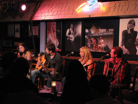 Bluebird Cafe - Image Credit: https://www.flickr.com/photos/coreyheitzmd/2978646394