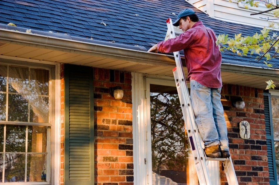 Home Gutter Maintenance